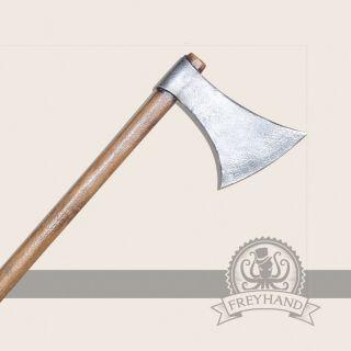Olaf axe, two hands Freyhand