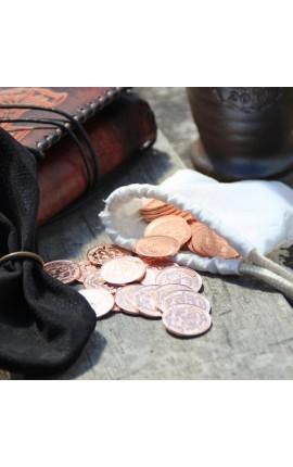 50 miedzianych monet w sakiewce