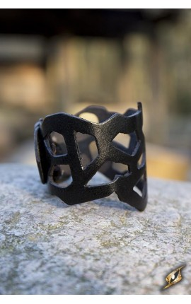 Bransoleta ażurowa - czarna